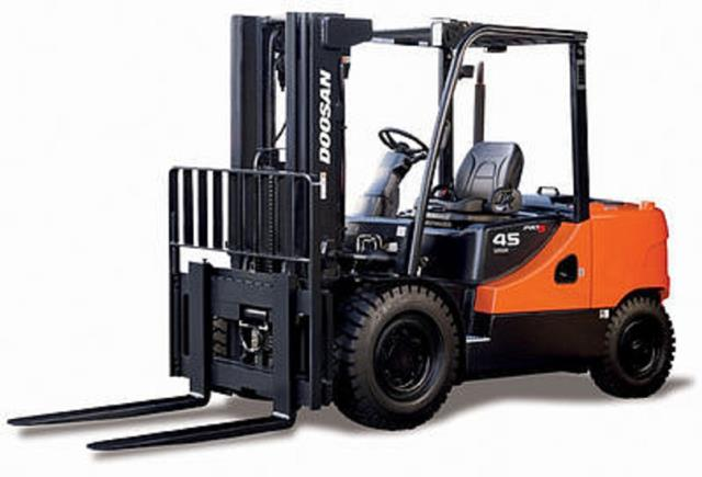 Where to find FORKLIFT, IND 9000 in Seattle